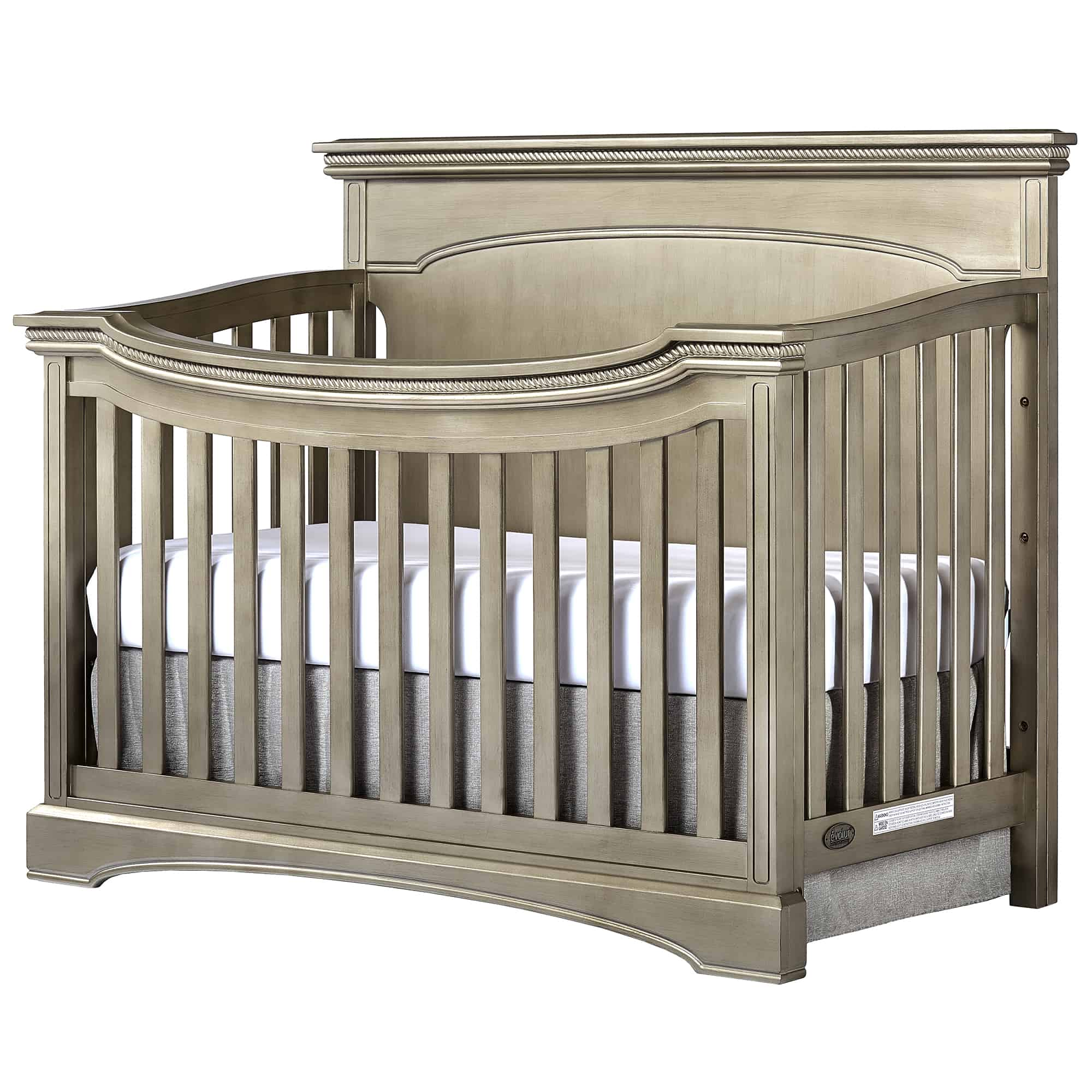 Evolur Windsor Crib Design on www.girllovesglam.com