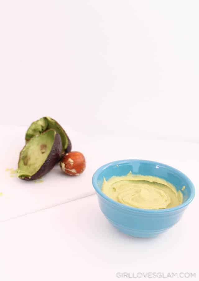 Avocado Coconut Mask Recipe on www.girllovesglam.com
