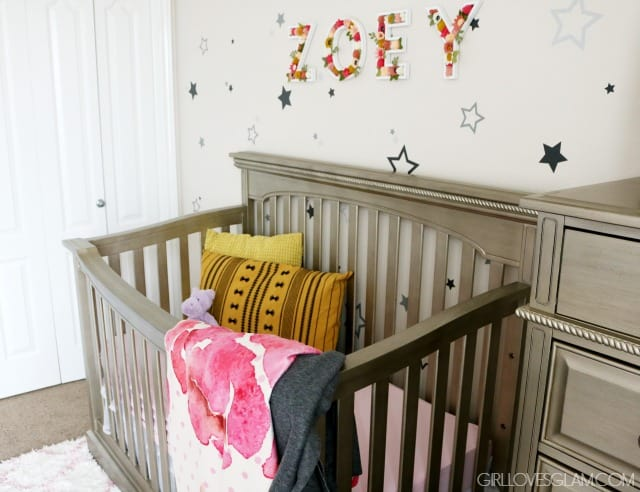Baby Nursery Decor on www.girllovesglam.com