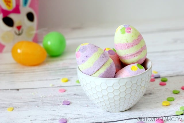 Easter Bath Bombs on www.girllovesglam.com