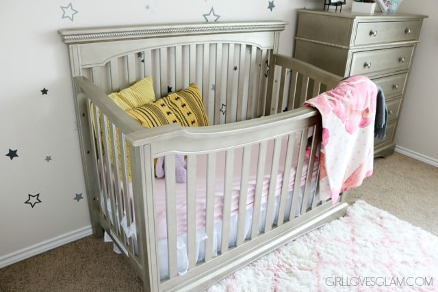 Evolur Pewter Crib on www.girllovesglam.com