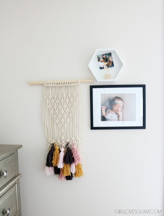 Simple Nursery Decorations on www.girllovesglam.com