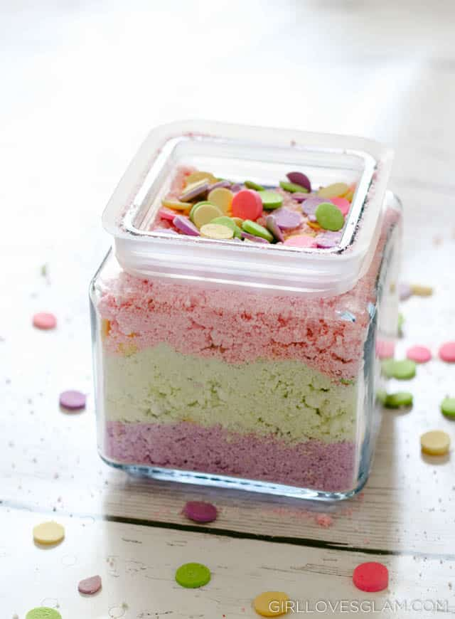 Cotton Candy Bath Salts on www.girllovesglam.com
