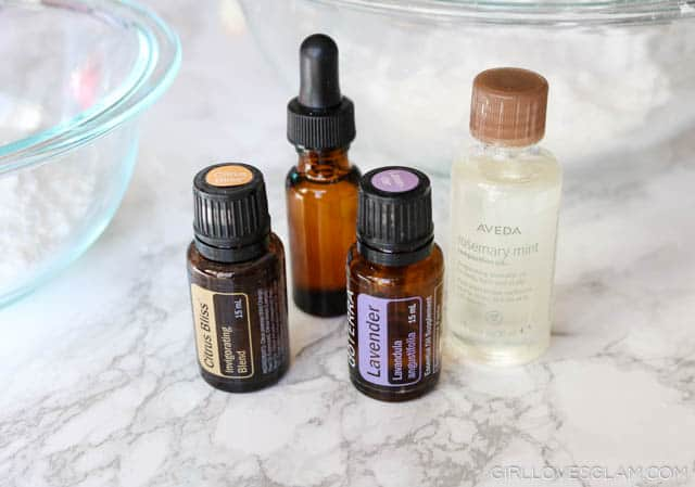 Bath bomb essential oils on www.girllovesglam.com