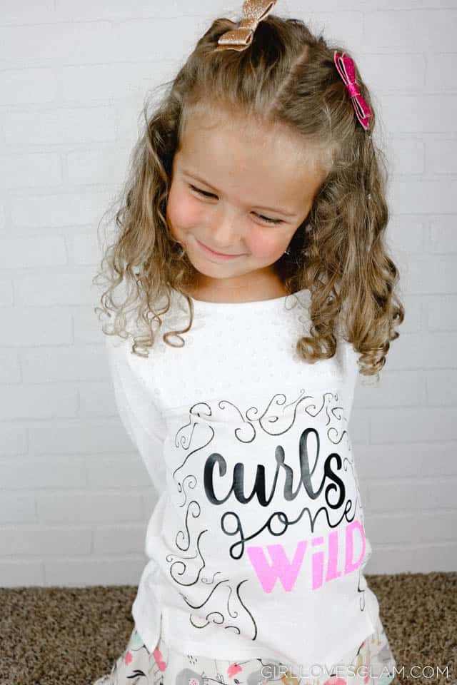Curls Gone Wild Tee Easy DIY shirt on www.girllovesglam.com