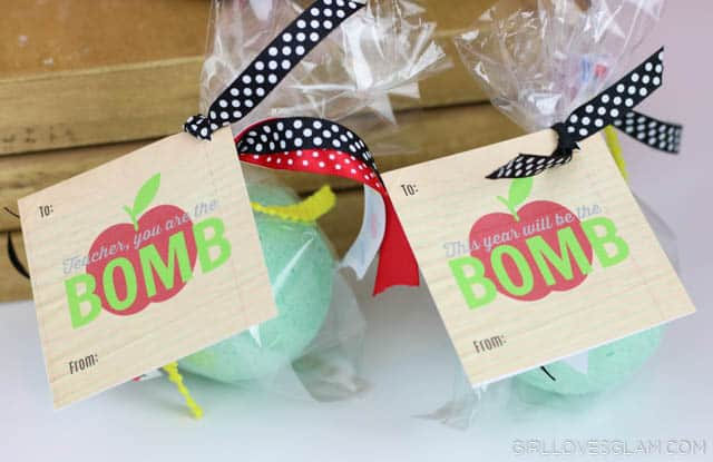 Teacher Gift Idea with Bath Bombs on www.girllovesglam.com #teacherappreciation