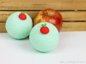 Caramel Apple Bath Bomb recipe