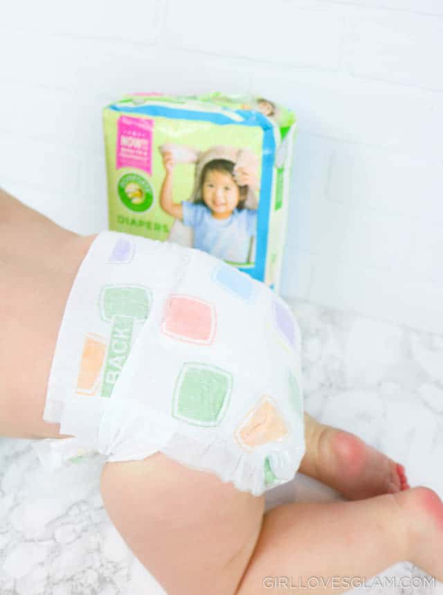 Comforts Diapers review on www.girllovesglam.com