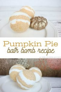 Pumpkin Pie Bath Bomb Recipe on www.girllovesglam.com