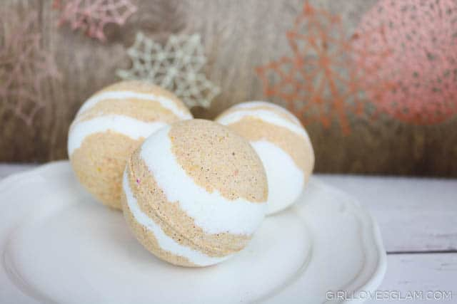 Pumpkin Pie Bath Bomb on www.girllovesglam.com