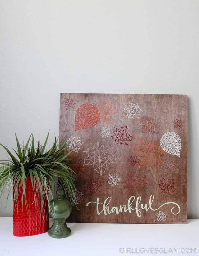 Thanksgiving Decor Sign on www.girllovesglam.com