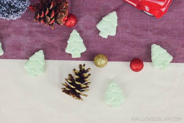 Christmas Tree Bath Bomb Recipe