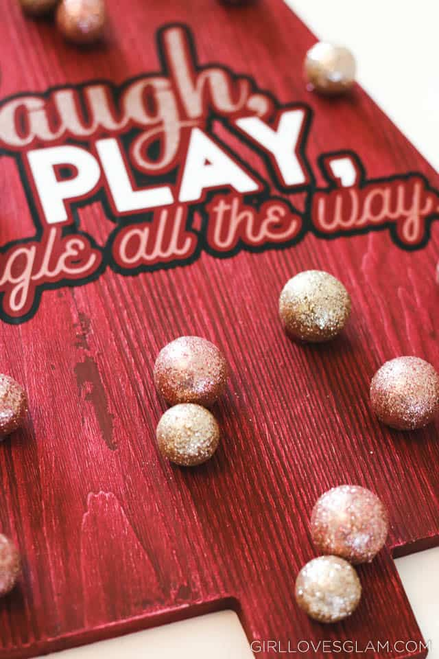 Laugh Play Jingle All The Way Decor Tutorial on www.girllovesglam.com