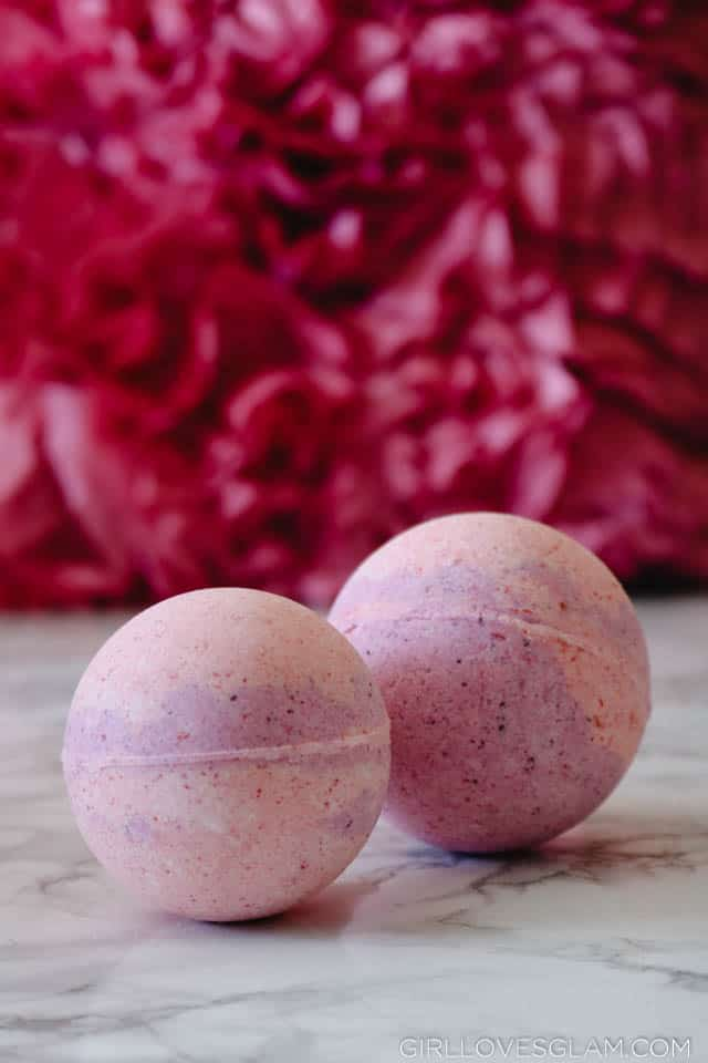 Raspberry Pie Bath Bombs