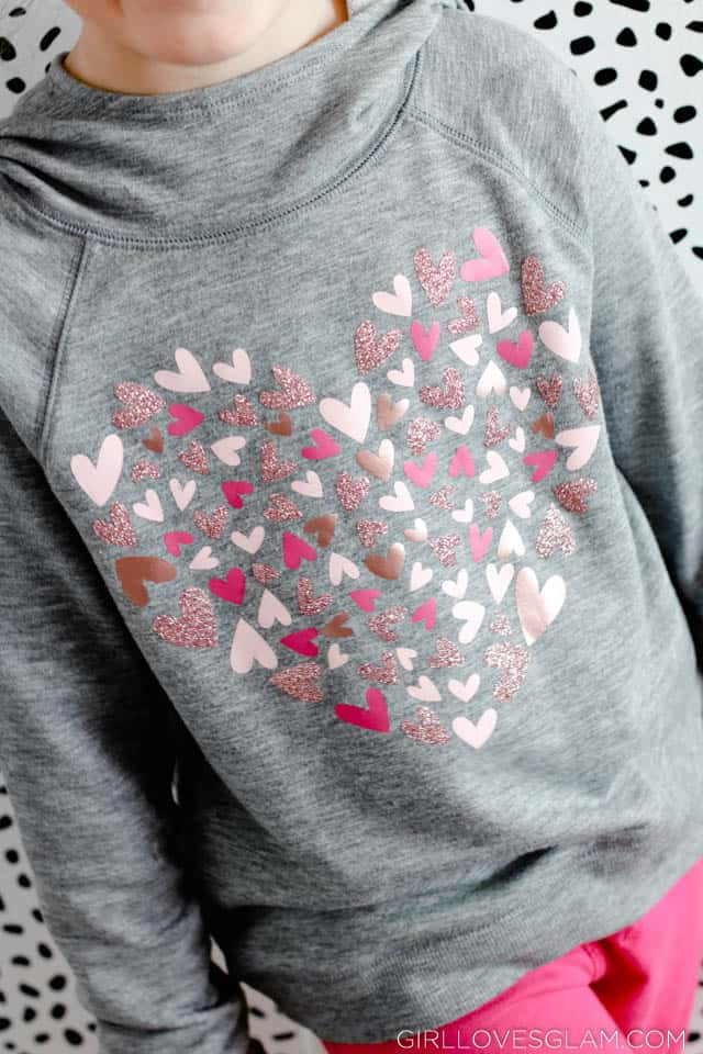 Easy heart shirt using vinyl