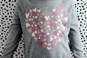 How to make a shirt with different types of heat transfer vinyl