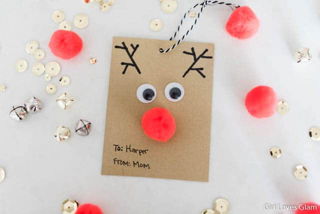 Easy Christmas Gift Tag on www.girllovesglam.com