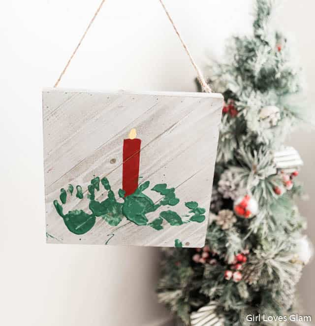 Christmas Handprint Kid Craft on www.girllovesglam.com