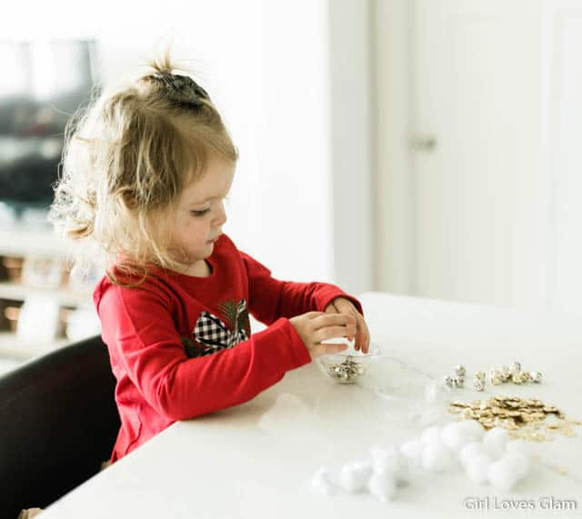 Toddler Sensory Christmas Activity