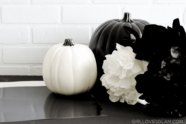 Black and White Pumpkin Project