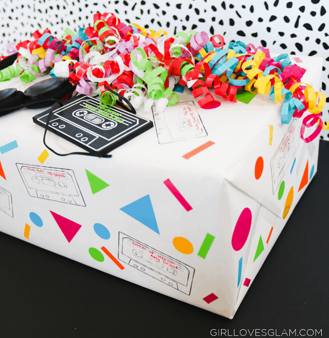 90's Shapes Gift Wrap