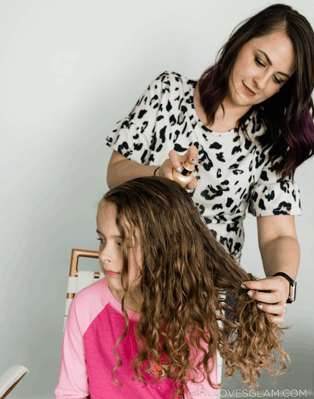 Spray Conditioner in Curly Hair on girllovesglam.com